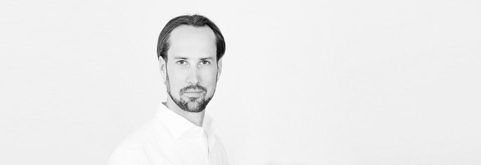 Hannes Michel enlightenment coach headshot